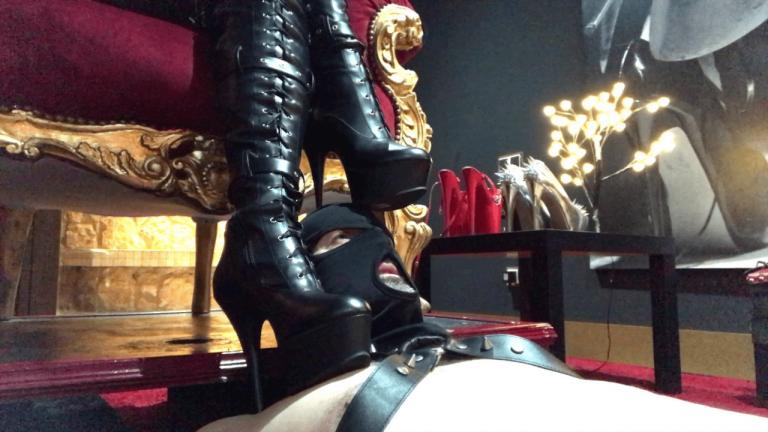 bajo mis botas (2)-min
