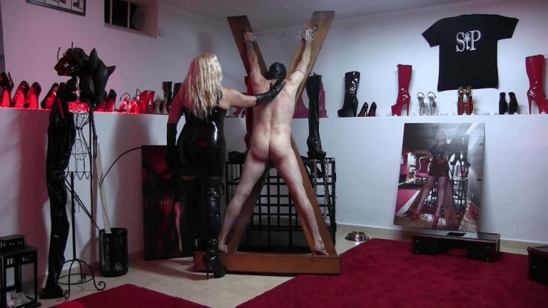 punish crucified (4)-min